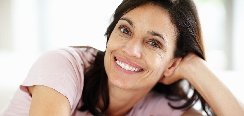 Des gestes simples pour un port de dentier agréable