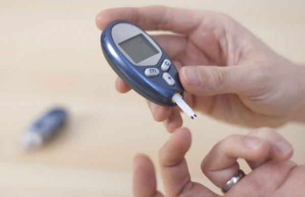 Comment utiliser un glucomètre ?