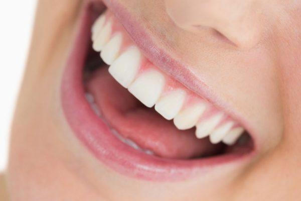 Des dents saines avec une bonne hygiène buccale