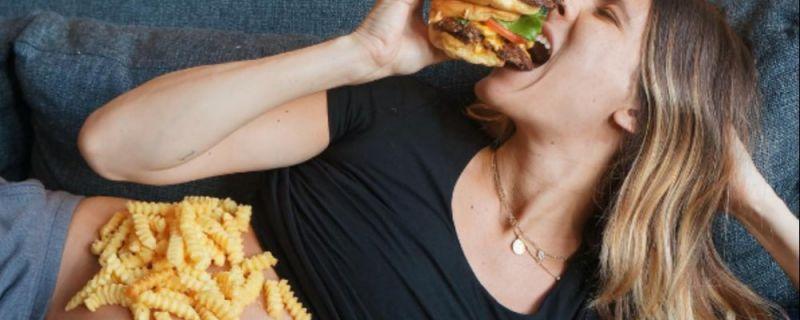 Les alimentations à éviter en période de grossesse